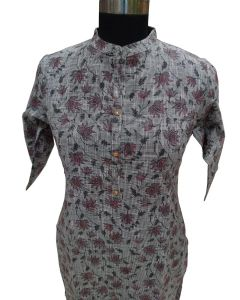 Women solid cotton cripe kurta with lotus print