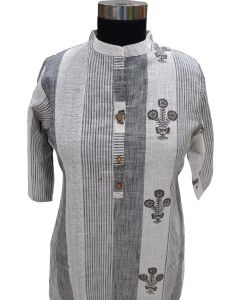 Women Grey and white shades long kurta with floral print